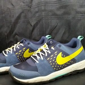 NIB! Nike Alder Low Slate Maize Size 12